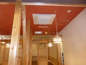 1階客席 4方向天井カセット型空調機