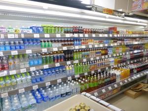 飲料用多段冷蔵ショーケース
