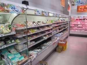 漬物・水物・練製品用多段ショーケース