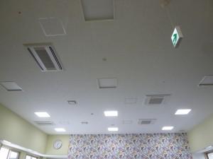 空調室内機(天カセ2方向・4方向)