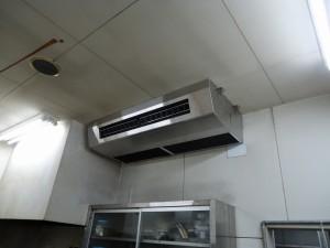 空調機室内機(厨房用店吊型)